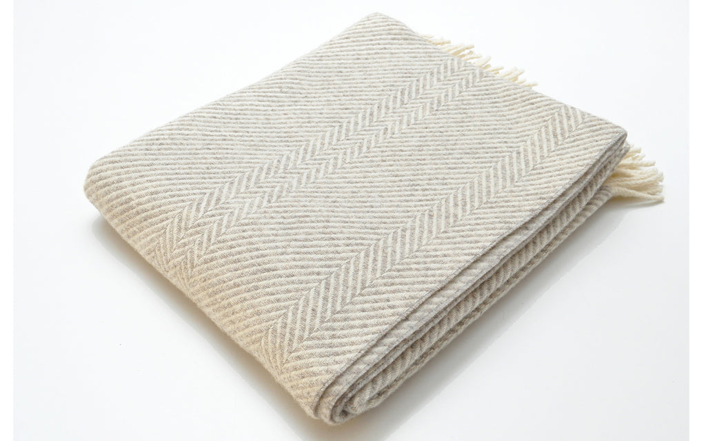 Jacob Chevron Stripe blanket-silver