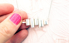 Chute necklace