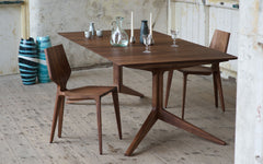 Light extending table