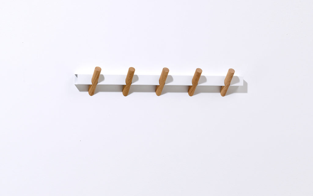 Crosscut coat hooks-white