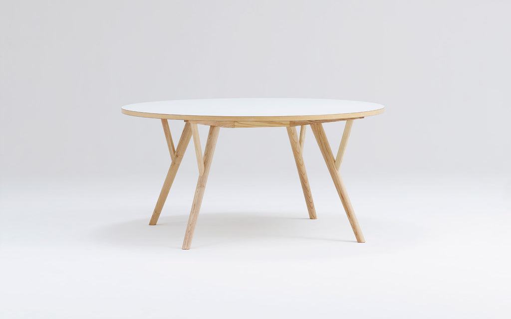 Peggy Round | Square | Squound table