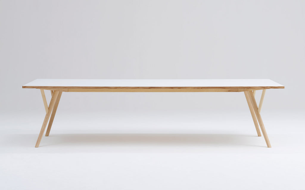 Peggy Rectangle table