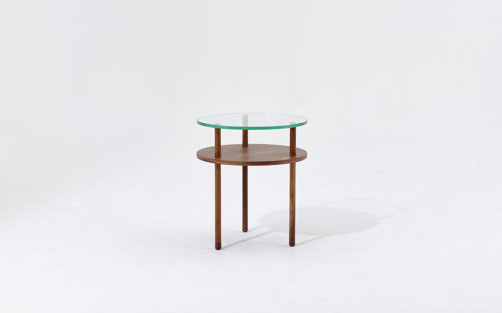 End of line Unison round side table