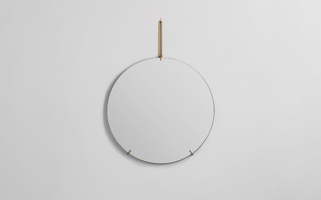 Round Wall Mirrors With Brass Fittings Scp