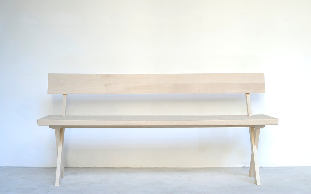 Touch bench with backrest