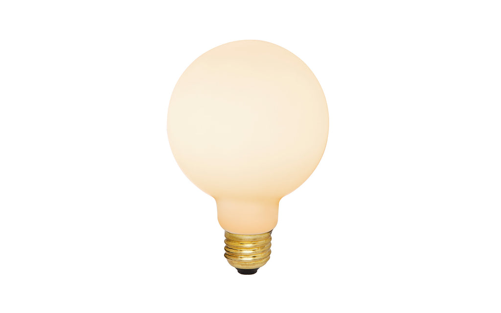 Porcelain 02 LED bulb