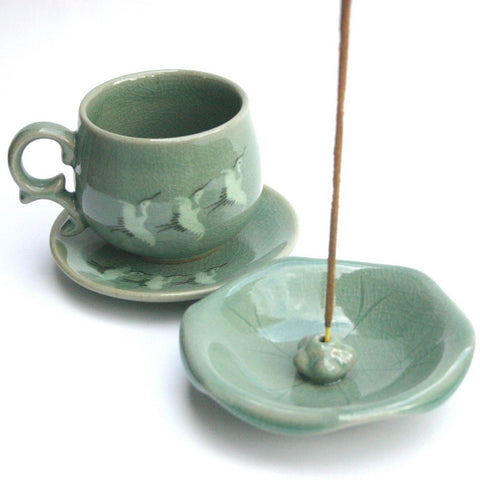 Celadon Incense Holder 'Lotus Leaf'