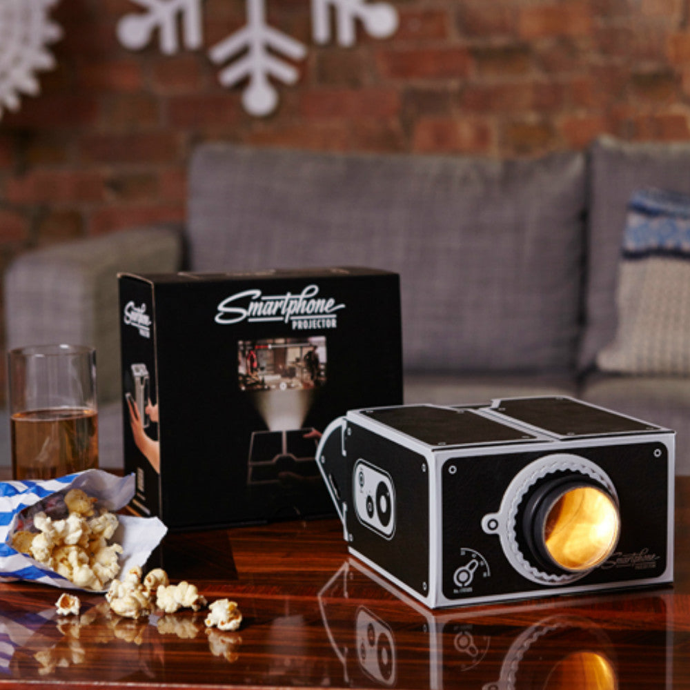 Smart Phone Projector - Gadgift - 1