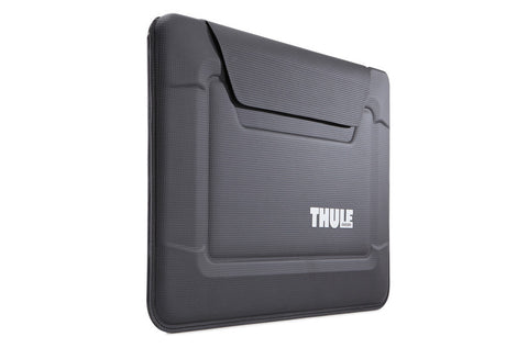 Thule Gauntlet 3.0 MacBook Air Envelope in Black