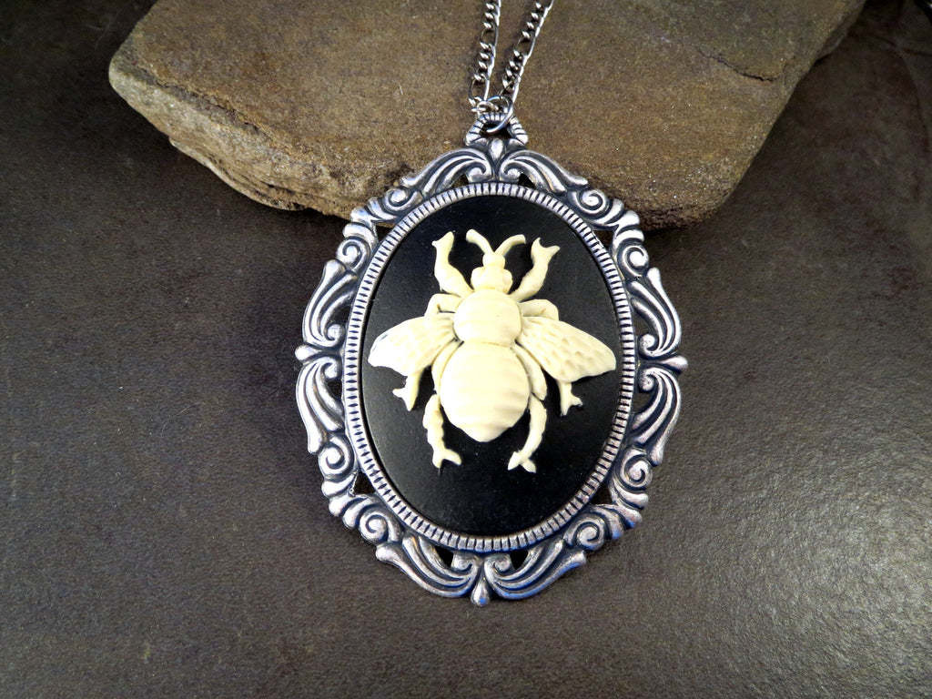 Handmade Oxidized Silver Victorian Bee Cameo Necklace
