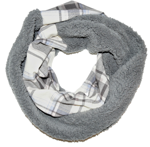 Cozy Plaid Scarf - Peachy Keen Boutique