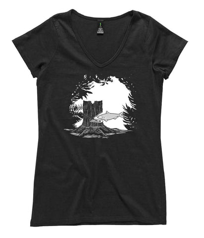 T-Shirt - Cut Down The Mightiest Tree With A Herring