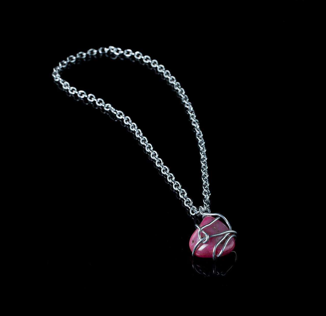 Luxury Pink Necklace (ESSENCE)