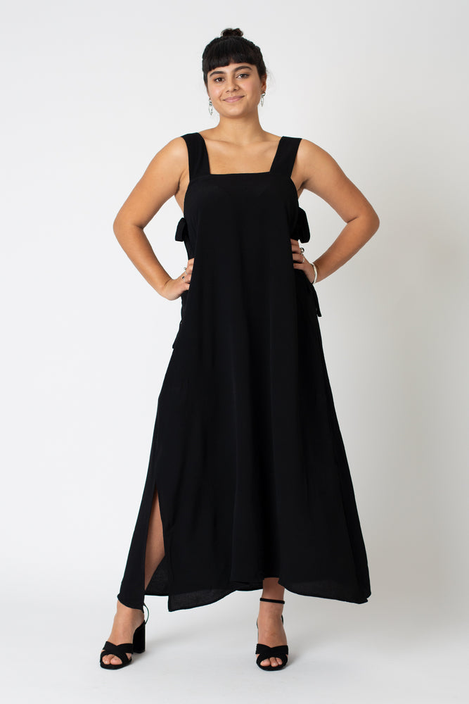 Lizzie dress black