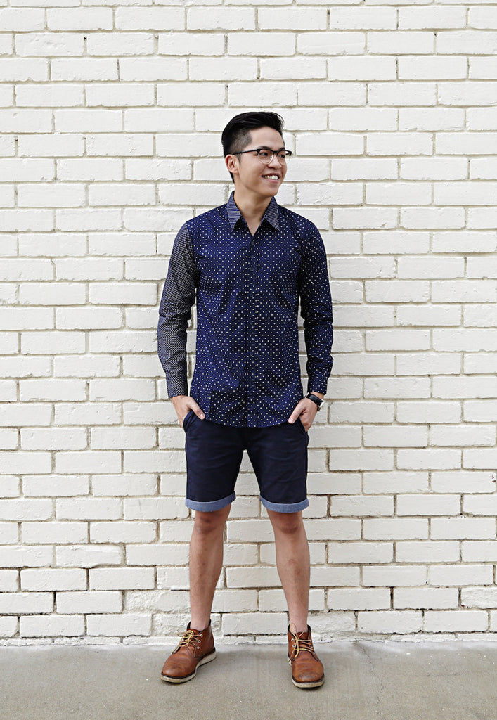 NAVY SHIRT X WHITE DOTS; WIDE (BODY); NARROW (SLEEVE)