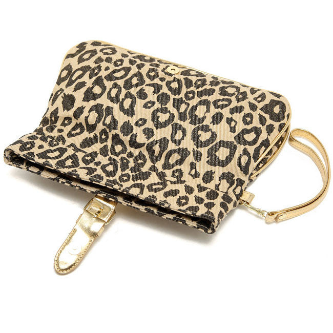 0496d5a49eb6 COM - 3 · FOREVER 21 Leopard Print Clutch - DAILYNECKLACE.
