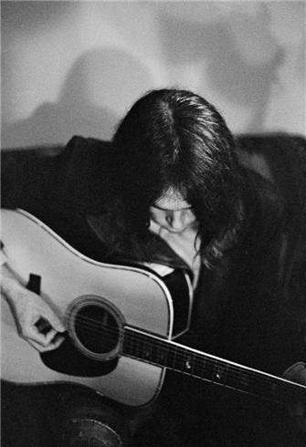 Neil Young, New York, NY 1970 by Joel Bernstein