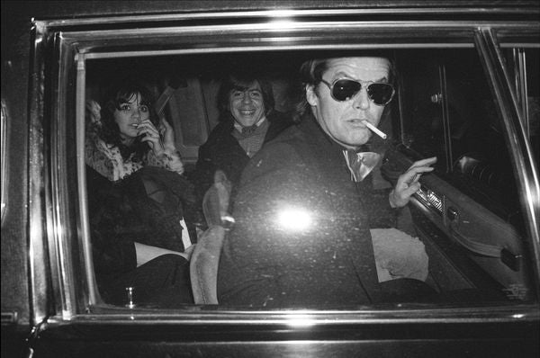 Jack Nicholson with Linda Ronstadt & Carl Bernstein, Washington 1977 by Allan Tannenbaum