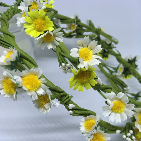 Small Daisy garland and Large Daisy garland
