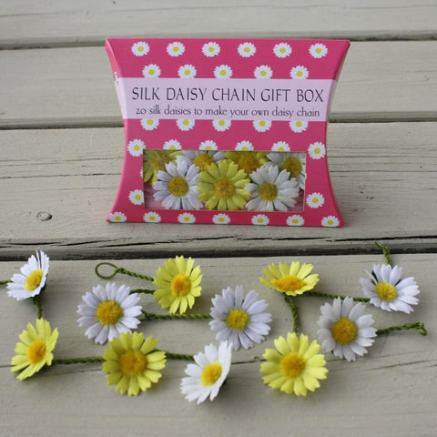 Daisy Pillow Boxes -  20 large daisies- white and yellow