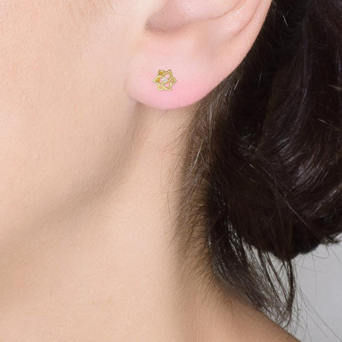 18ct Yellow Gold Diamond Petite Flower Earrings