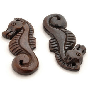 Carved-42x15mm Seahorse Pendant-Brown