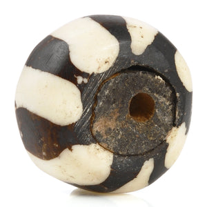 Carved Beads-16x25mm Zebra Batik Focal-East African-Black and White-Quantity 1