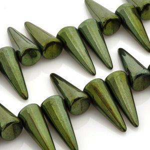 Glass-7x17mm Spike-Jet Green-Czech-Quantity 20