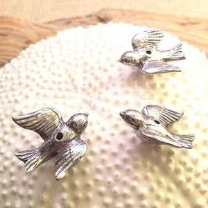 Green Girl Studios-23mm Pewter Beads-Flying Bird-Antique Pewter
