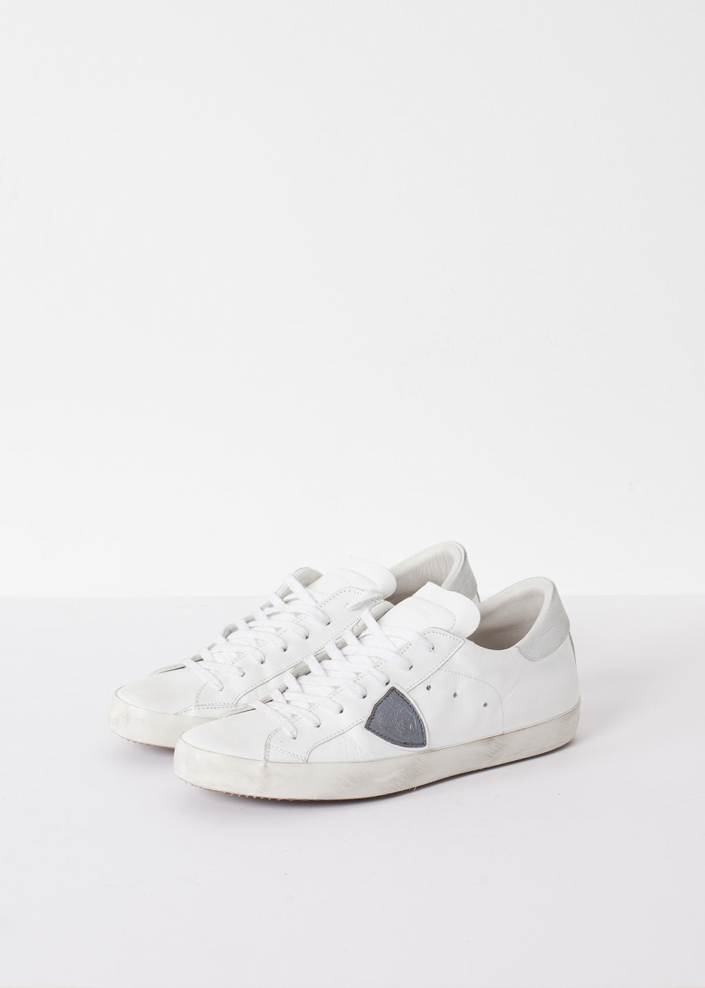Low Top Sneaker