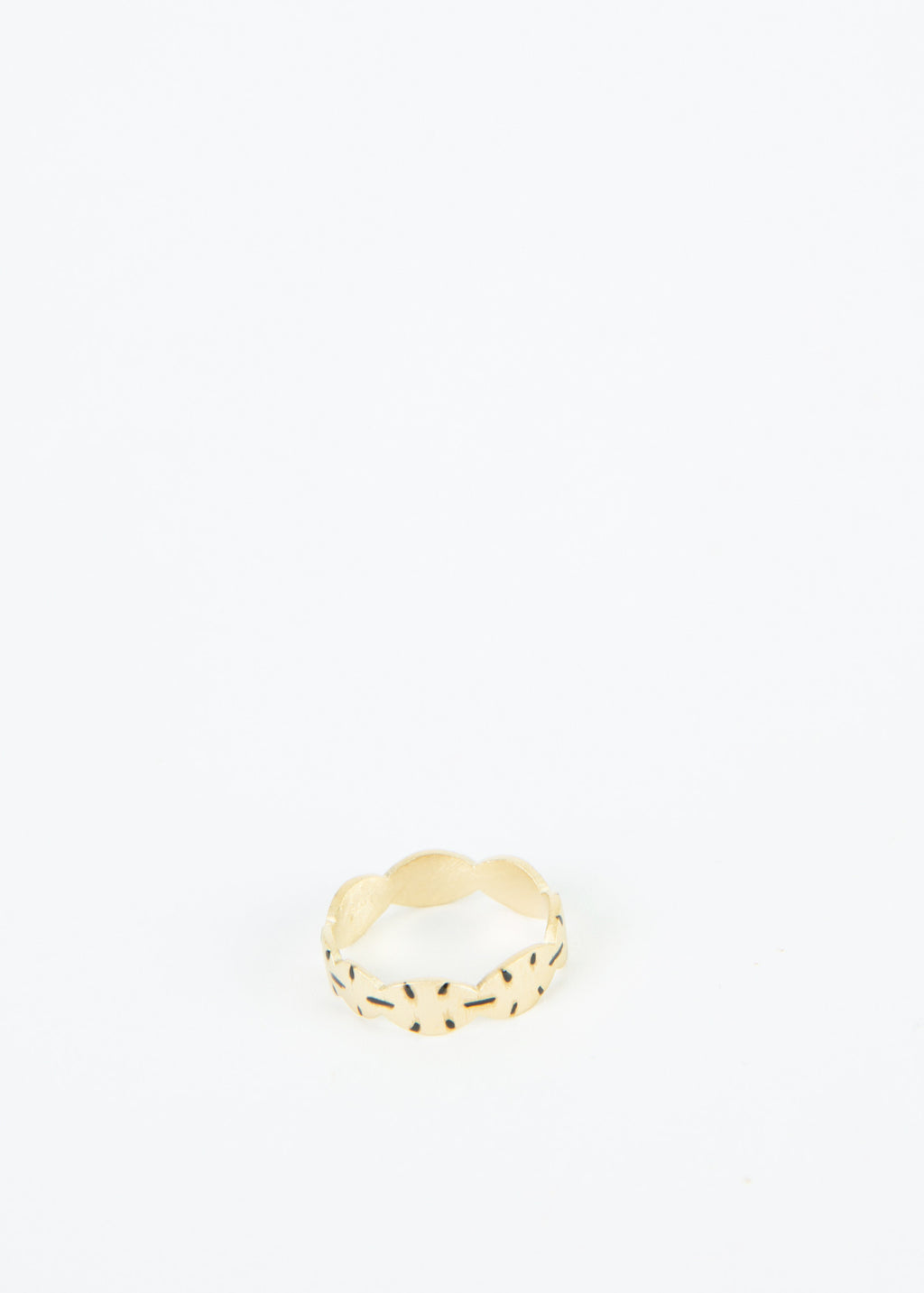 Free Scalloped Ring