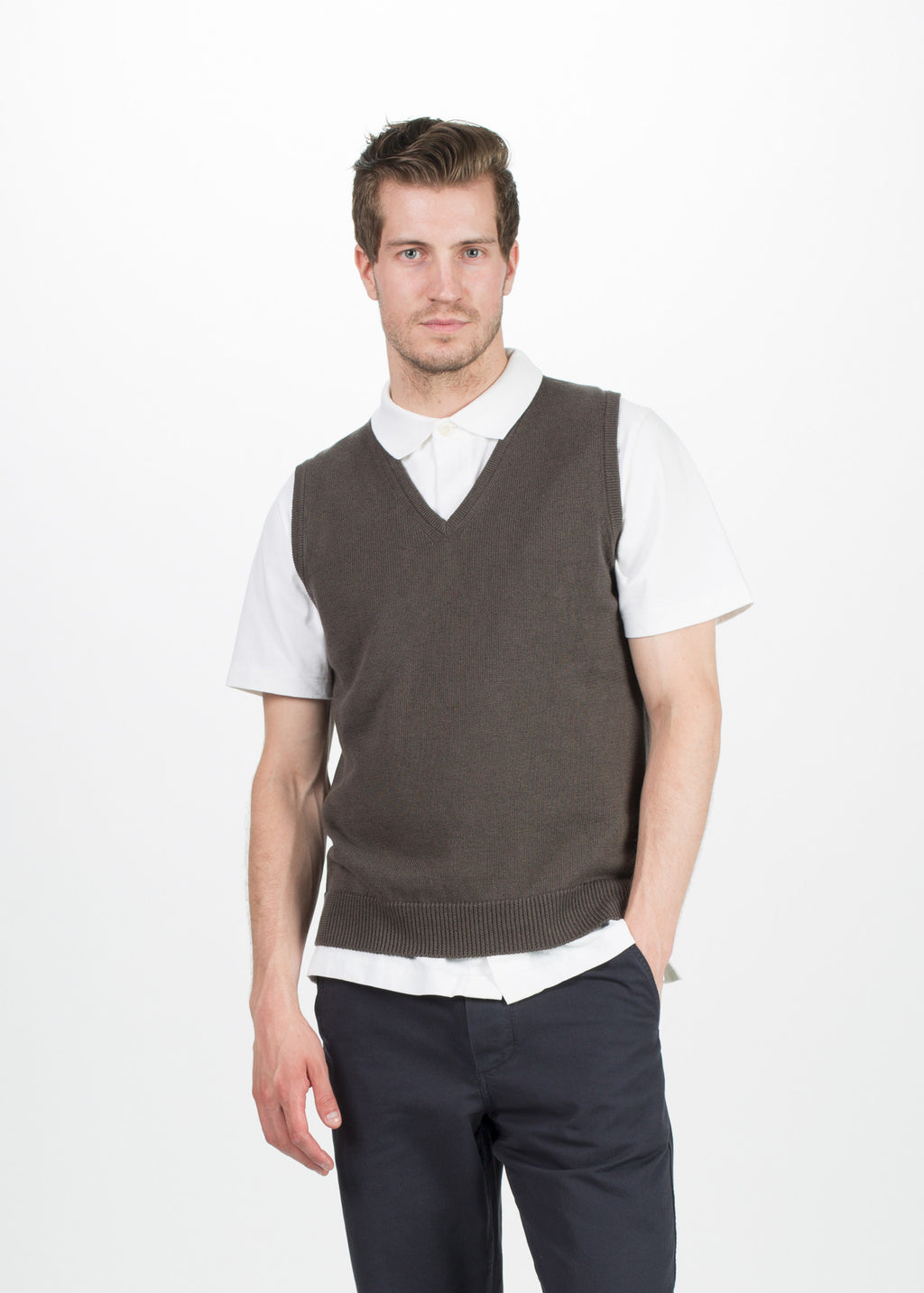Margaret Howell Men's V-Neck Linen Vest