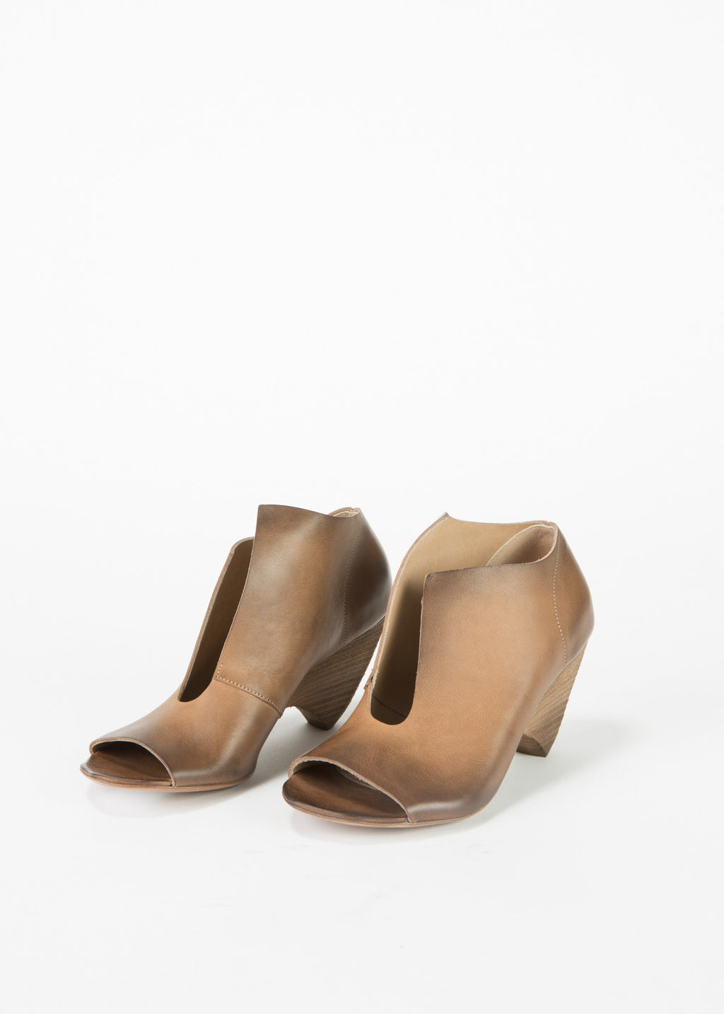 Cut-Out Trivellina Bootie