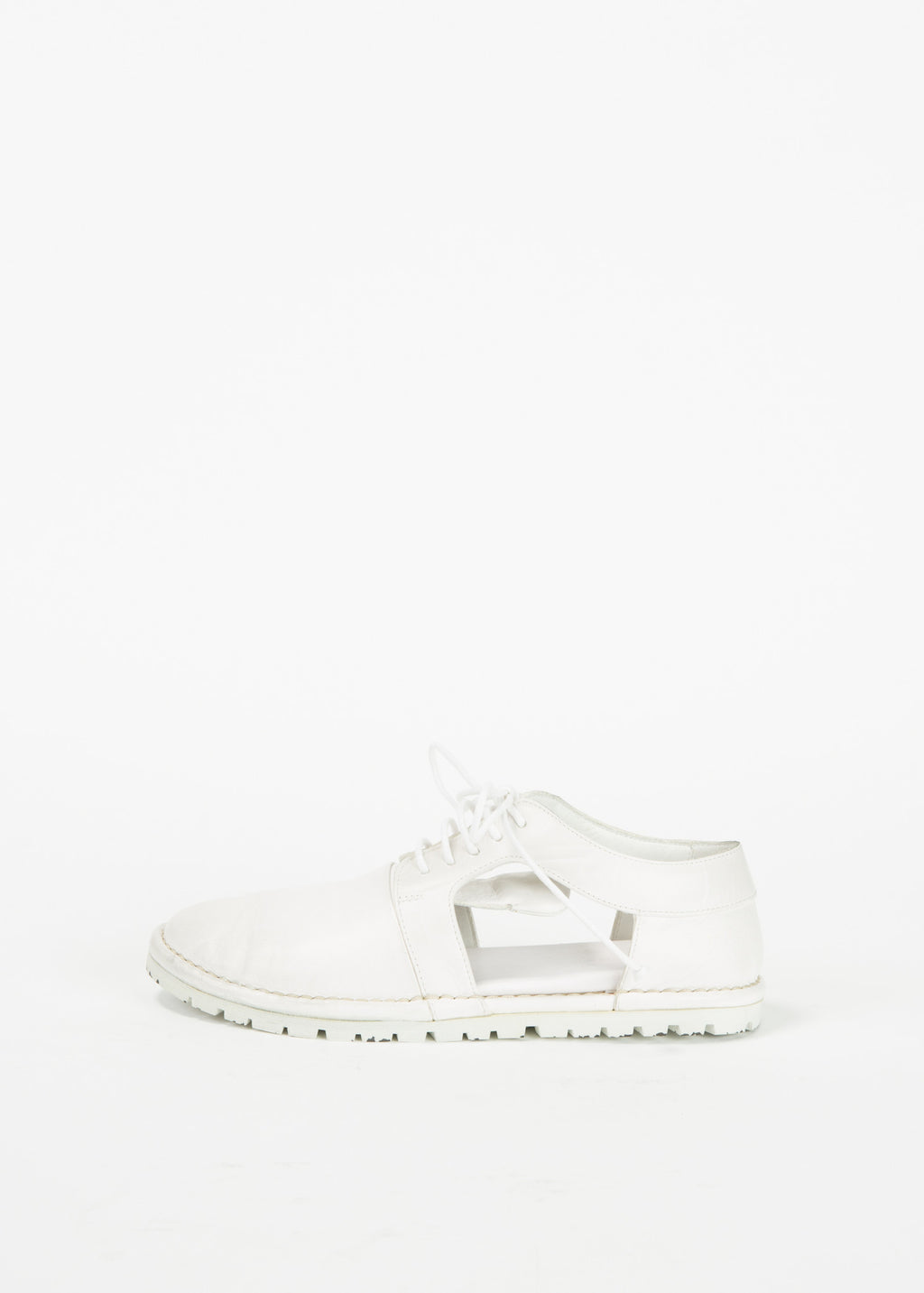 Ricicarro Cut-Out Sneaker