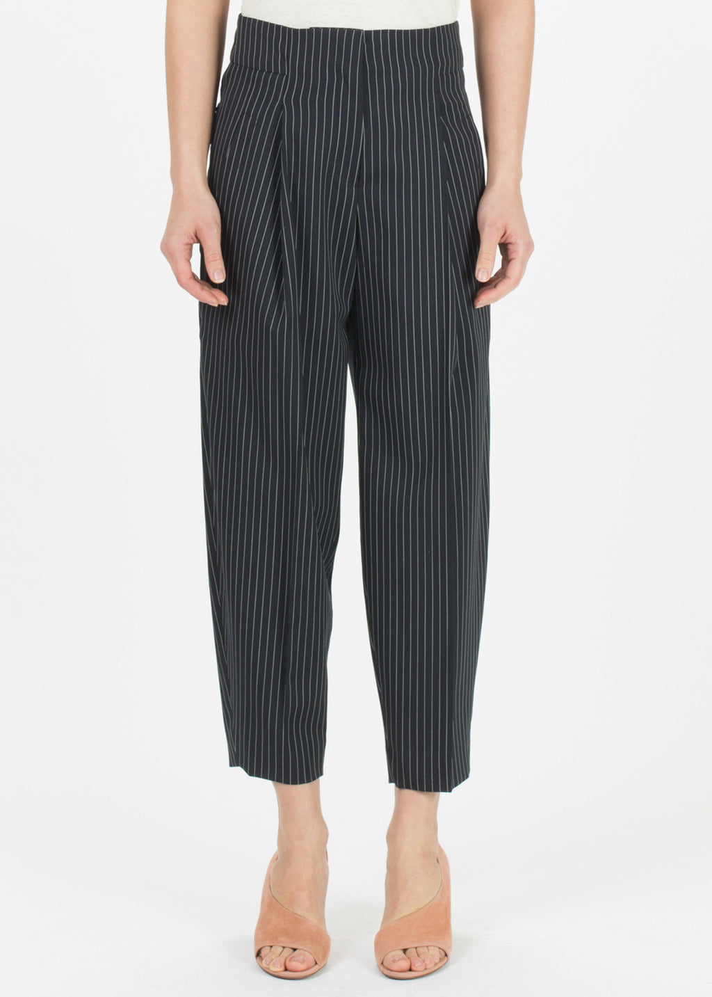 Tapered Pleat Pant