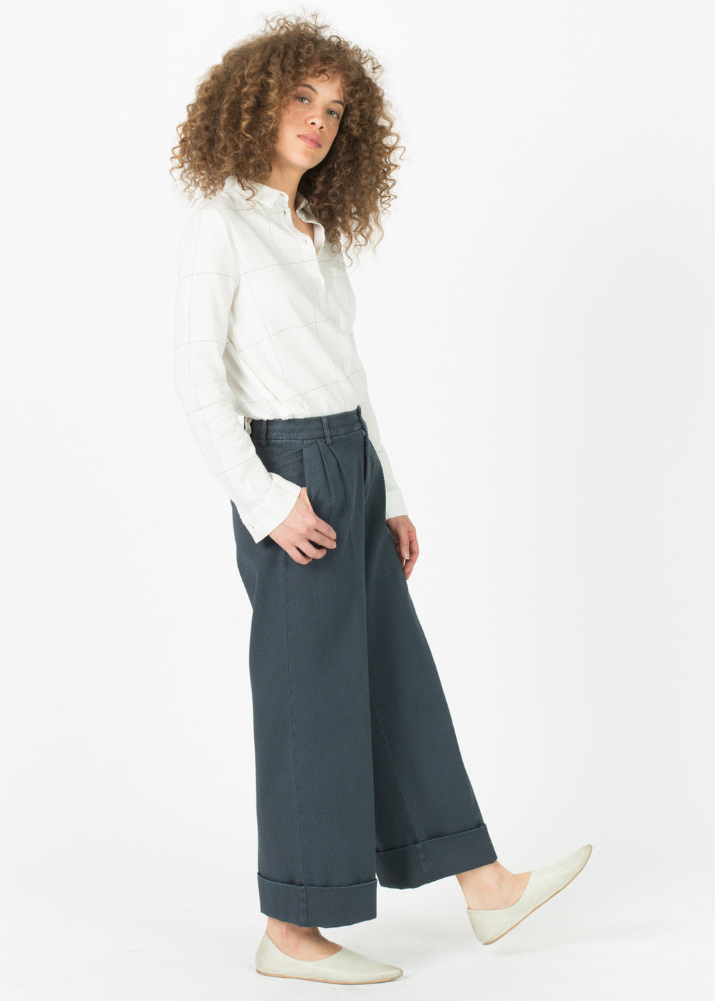 Wide Leg Cuffed Trouser