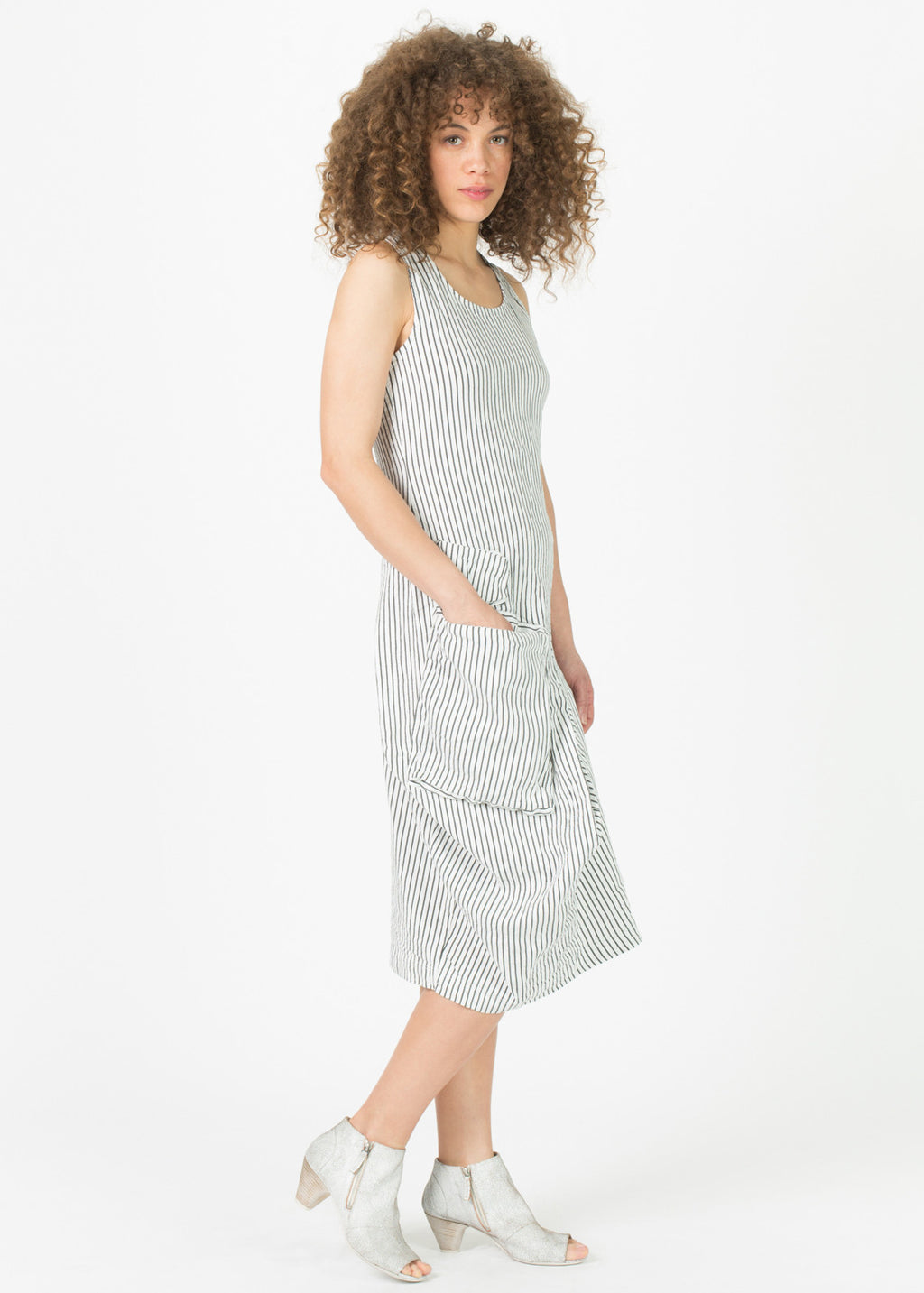 Asymmetric Two Pocket Dress