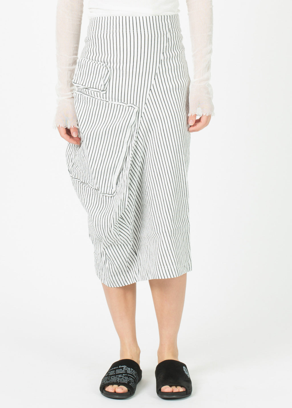 Asymmetric Two Pocket Skirt