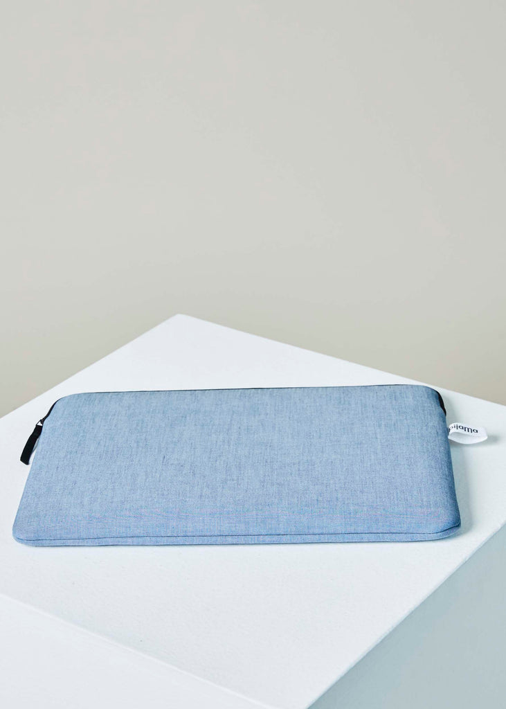 "15"" Macbook Zip Case"