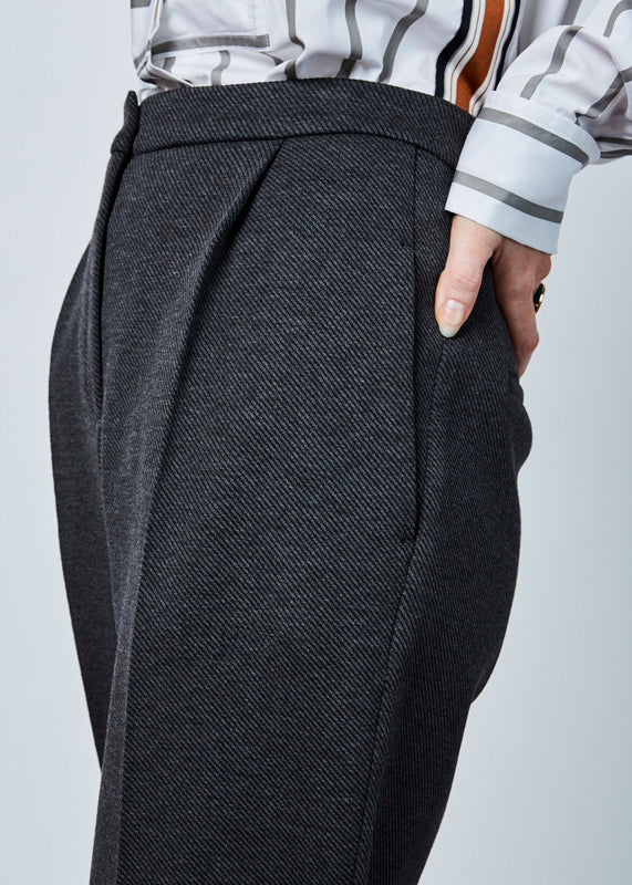 Tapered Pleat Trouser