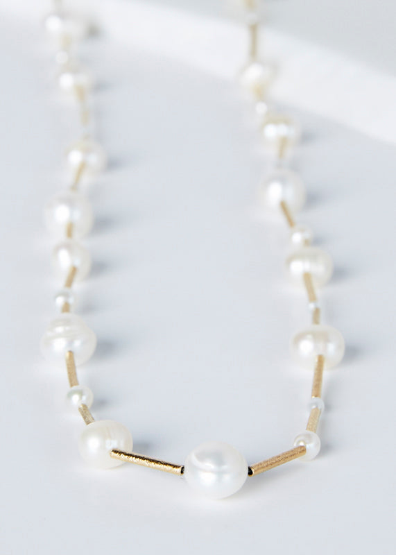 Lupin Pearl Necklace