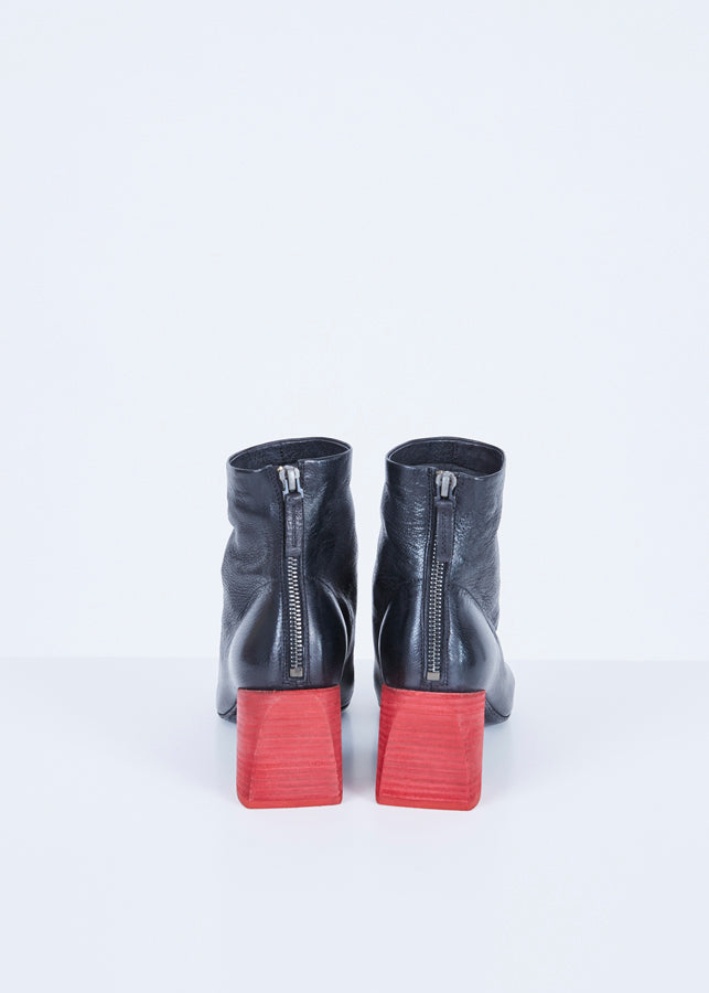 Stuzzico Back Zip Boot