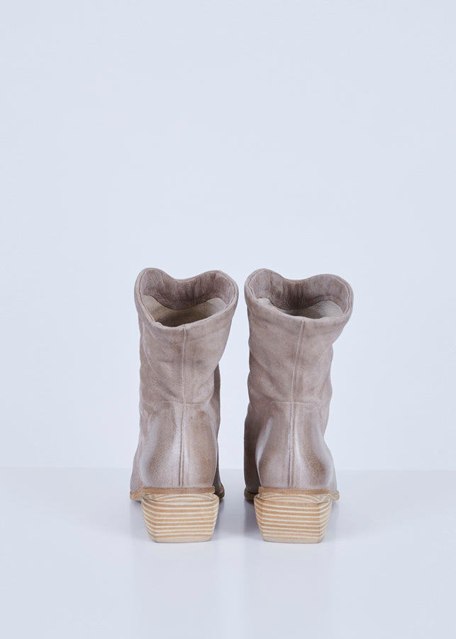 Stuzzicone Slouch Boot