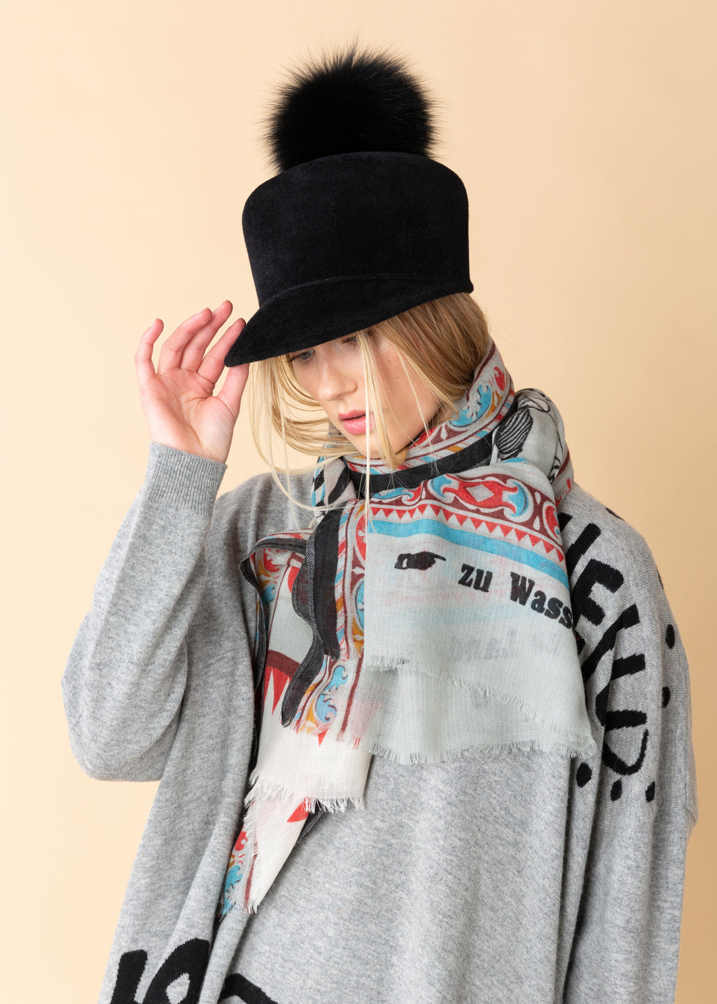 Graphic Grey Stole