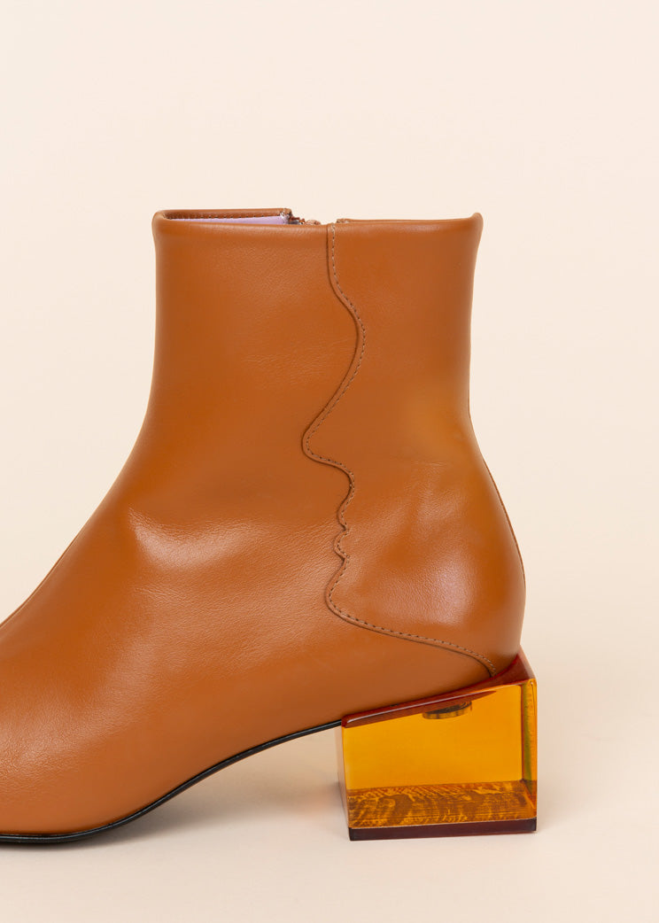 Unreal Fields Statuette Acrylic Heel Boot