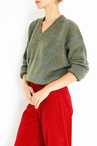 aida-vneck-sweater