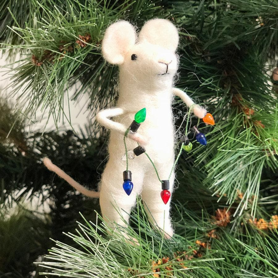 Christmas Mouse.Felt Christmas Mouse With Light Garland