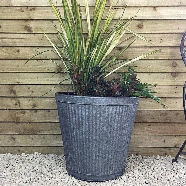 Extra Large Round Tapered Vence Fluted Planter - The Farthing