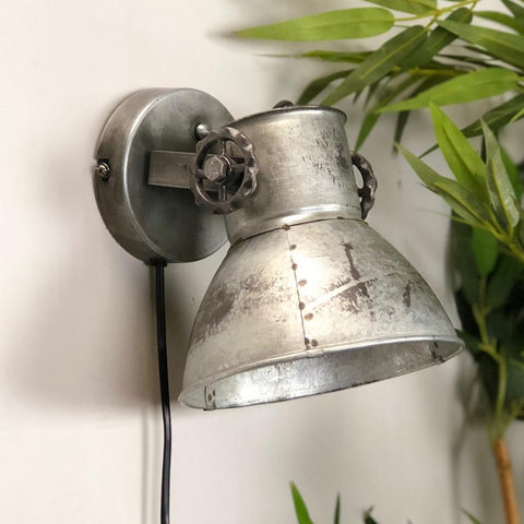 Industrial Factory Wall Lamp - The Farthing 11