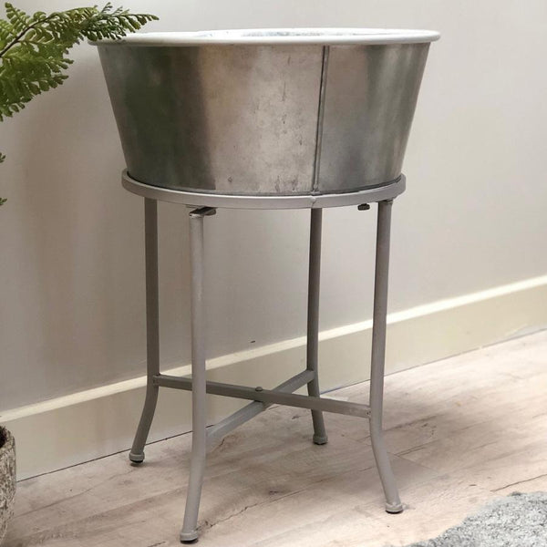 Metal Indoor / Outdoor Raised Tub Planter | Farthing